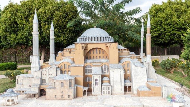 minicity Antalya'da gezilmesi gereken yerler